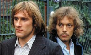 still-of-gérard-depardieu-and-patrick-dewaere-in-les-valseuses-(1974)-large-picture